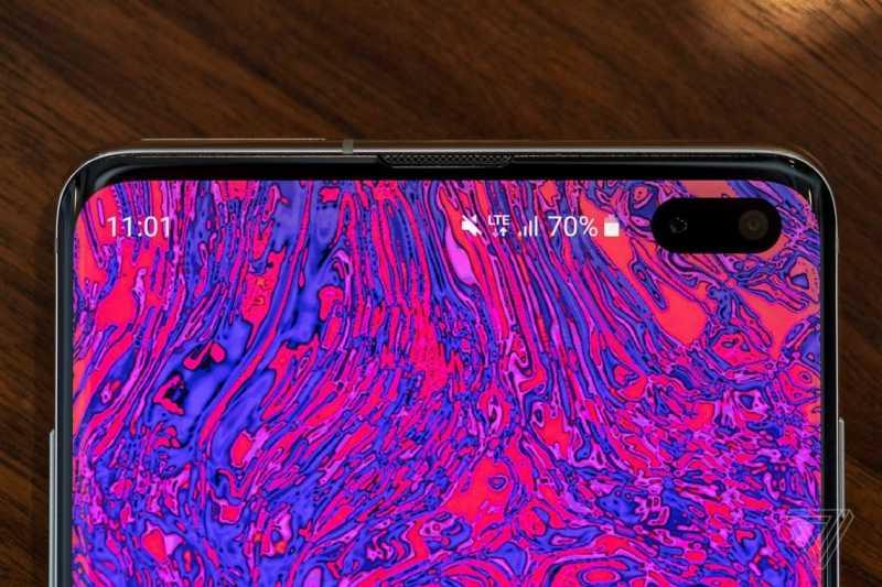 "Paten Xiaomi Ini Ungkap Teknologi ""Kamera di Layar"""