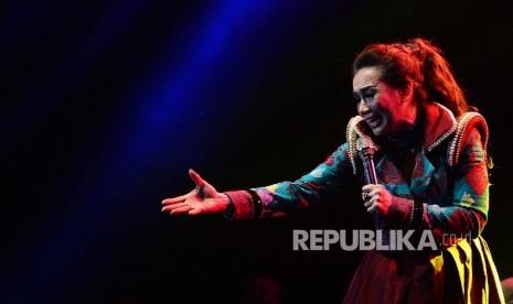 Reza Artamevia Beri Kejutan di Konser Vina Panduwinata
