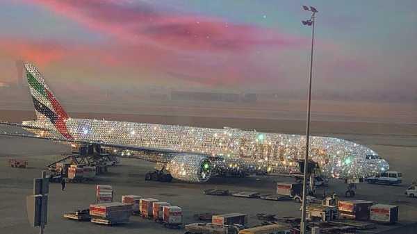 Wah, Pesawat Berlian Emirates Bikin Netizen Dunia Heboh