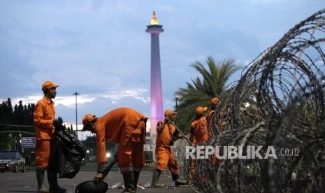 Malam Tahun Baru di Jakarta Sisakan 780 Ton Sampah