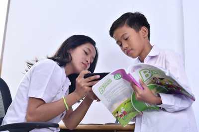 Memanfaatkan Teknologi Demi Memahami Karakter Anak