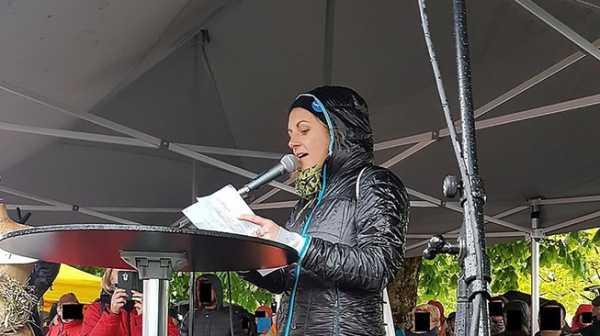Kisah Pia Klemp: Ketika Penyelamat 1.000 Nyawa Terancam Dibui