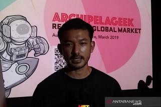 Kena Omel Atiqah Hasiholan, Rio Dewanto Ngumpet Main Game
