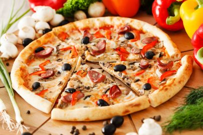 Pizza Jangan Diolesi Saos Tomat! 7 Tips Jelajahi Italia Seperti Warga Lokal