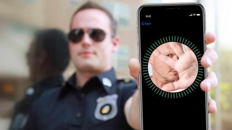 Dear Pak Polisi, Jangan Tatap Layar iPhone Milik Tersangka!