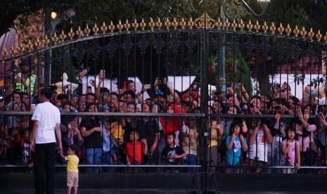 Cerita Tiga Remaja Madiun Diminta Jokowi Bermalam di Istana
