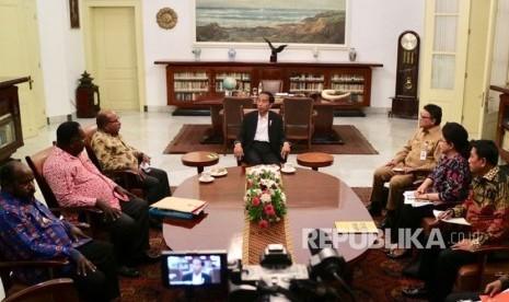 Jokowi Dapat Nama Baru dari Suku Asmat, Keren <i>Lho</i>