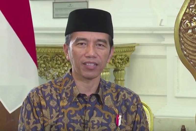 Jokowi Salat Idul Fitri di Jakarta