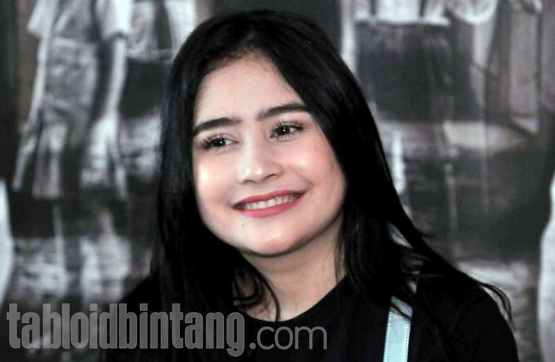 Sebelum Jadi Aktris, Prilly Latuconsina Ingin Berkarier Sebagai Dokter Anak