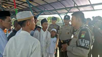 Rizieq Syihab Batal Pulang, Anggota FPI Tetap Padati Terminal 2 Soetta