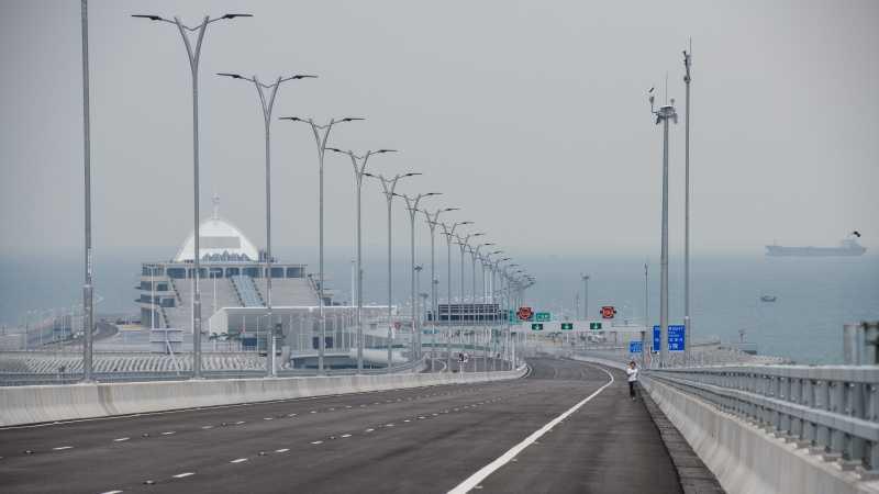 Terpanjang di Dunia, Jembatan Atas Laut Hong Kong Siap Beroperasi