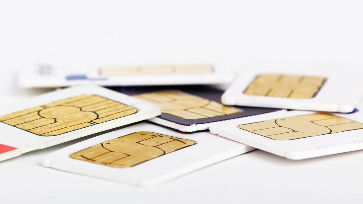 SIM Card Terancam Diblokir Jika Tidak Daftar Ulang Pakai KTP dan KK