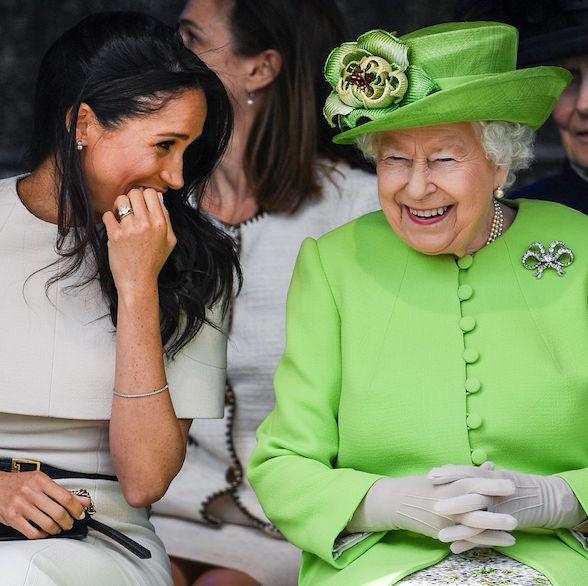 Ratu Elizabeth Unggah Foto Pertama di Instagram