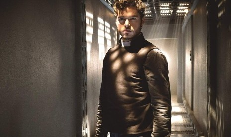 Richard Madden Ditawari Peran James Bond