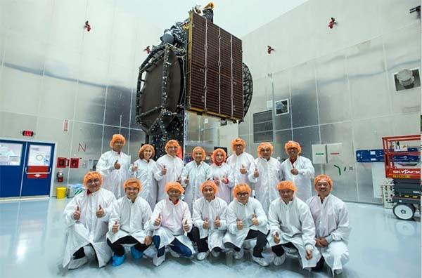Langkah kuda Telkom di bisnis satelit