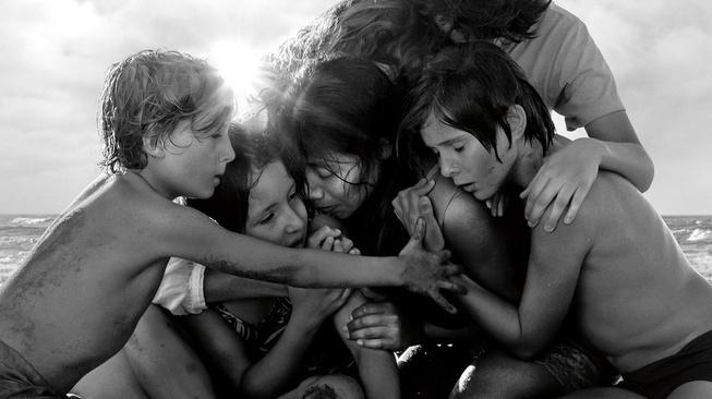 Film Roma: Tribut Melankolis Alfonso Cuaron untuk Pengasuhnya