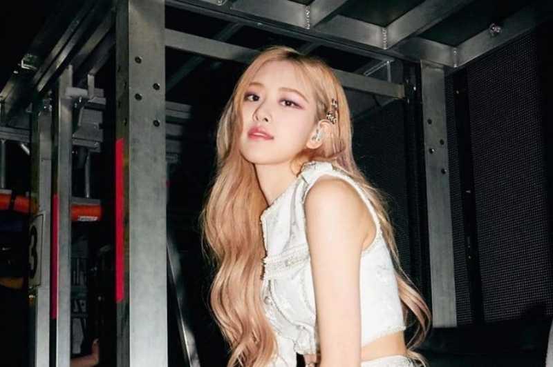 MUA BlackPink Ungkap Rahasia Riasan Seperti Rose, Lipstiknya Beli di Jakarta, Lo!