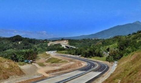 Ini Besaran Tarif Tol Trans Jawa Ruas Bawean-Salatiga