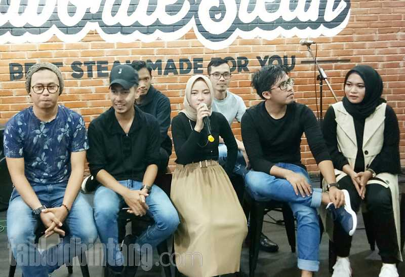 Cover Lagu Ya Maulana, Arsy Diajak Nyanyi Bareng Sabyan Gambus