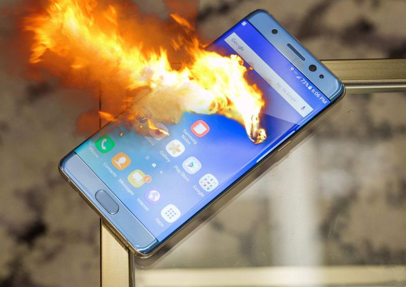 Ilmuwan Bikin Baterai Ponsel Tidak Mudah Terbakar
