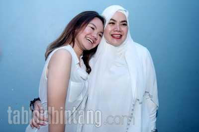 Sarita Abdul Mukti Doakan Semoga Tuhan Meng-cancel Azab untuk Jennifer Dunn