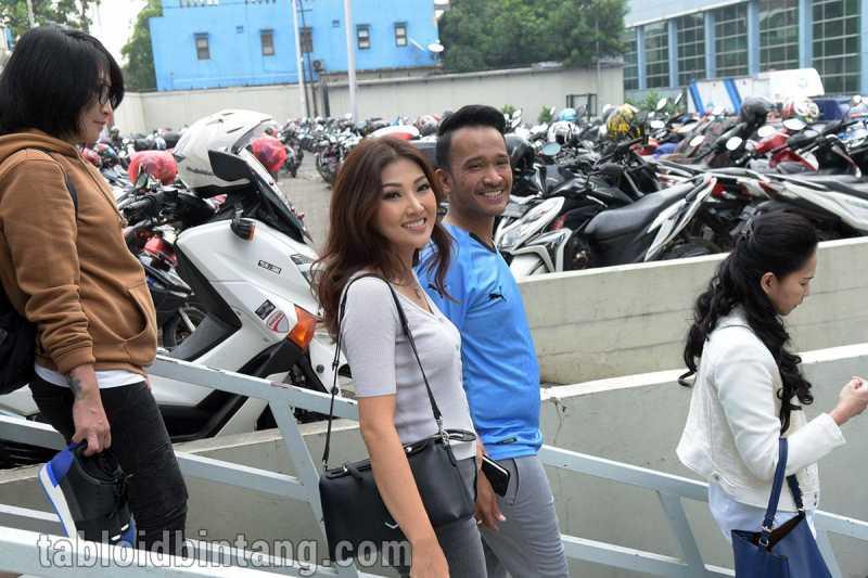 Sesama Eks Cherrybelle, Sarwendah Tak Diundang ke Pernikahan Anisa Rahma