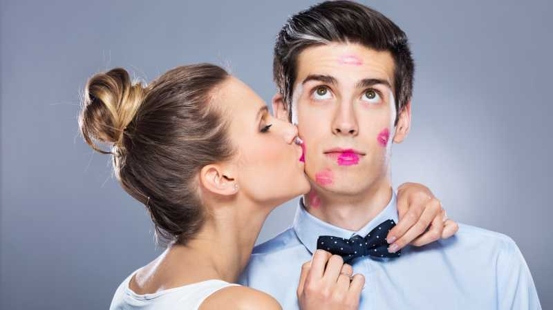 Ciuman Membuat Tubuh Lebih Sehat! Ini penjelasannya