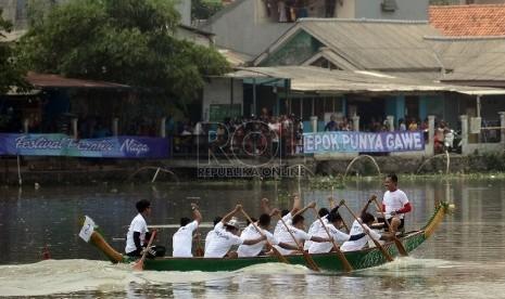 Yuk, Saksikan Festival Pacu Jalur Teluk Kuantan Riau
