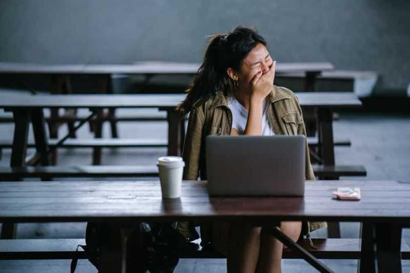 Hati-hati, Tertawa Terlalu Kencang Bisa Picu Serangan Asma