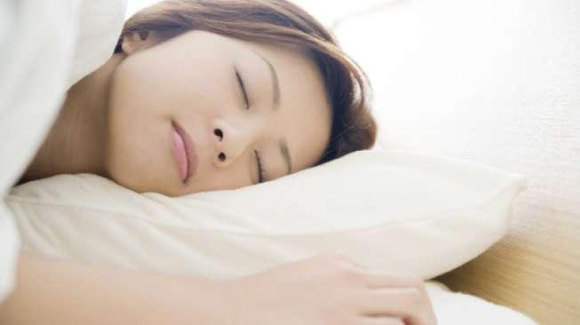 Ternyata Ini Kebiasaan Orang Indonesia Sebelum Tidur