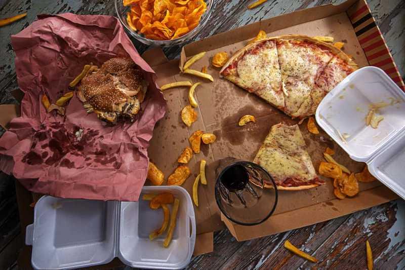 Yang Terjadi Pada Otak Setelah Anda Kebanyakan Makan Junk Food