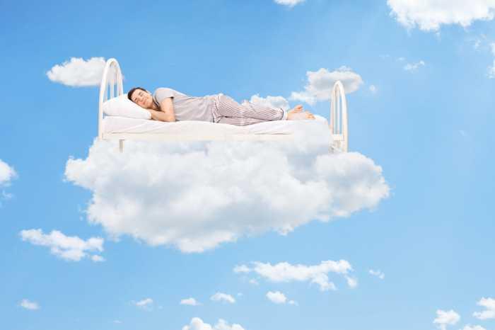 3 Cara Jitu Mencegah Mimpi Basah Saat Puasa