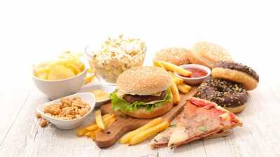 4 Jenis Makanan yang Bisa Bikin Pria Sulit Ereksi