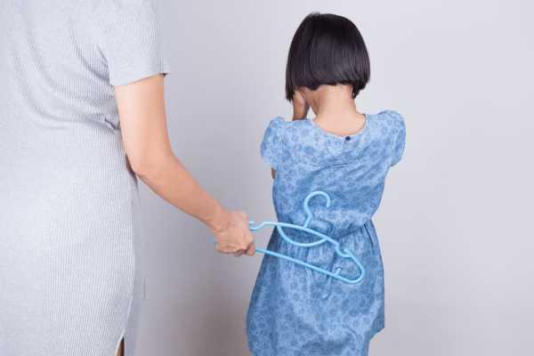 4 Dampak Negatif Jika Ortu Sering Memukul Pantat Anak