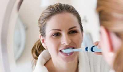 Kapan Waktu yang Tepat untuk Ganti Sikat Gigi?