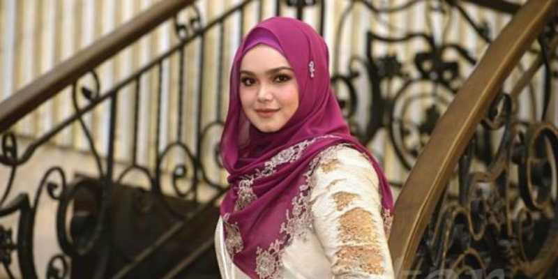 Siti Nurhaliza Ungkap Pengalaman Hamil Pertama Kalinya