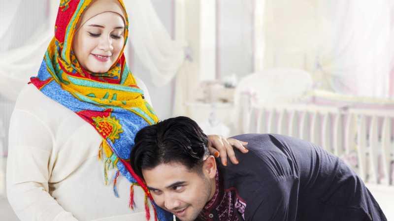 7 Hal Yang Perlu Diperhatikan Ibu Hamil Saat Puasa