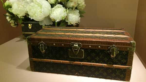 Menilik Sejarah Louis Vuitton Melalui Pameran Time Capsule