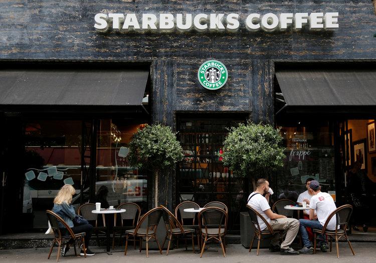 Tahun Depan, Dilarang Akses Konten Porno Pakai Wi-Fi Starbucks