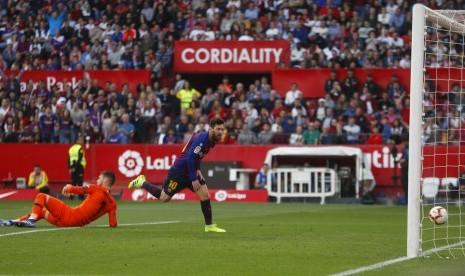 Tiga Gol ke Gawang Sevilla Jadi Hattrick ke-50 Lonel Messi