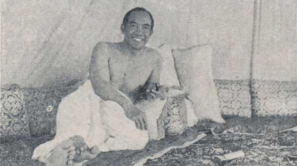 Idul Adha 1955: Sukarno Naik Haji di Tengah Pemberontakan DI/TII