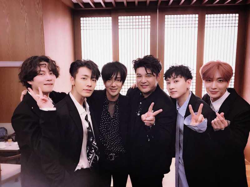 Super Junior Merasa Belum Layak Disebut Grup Legenda