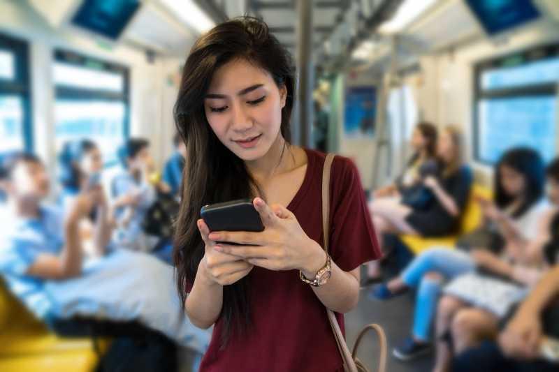 Generasi Millenial Dominasi Pengguna Internet di Indonesia