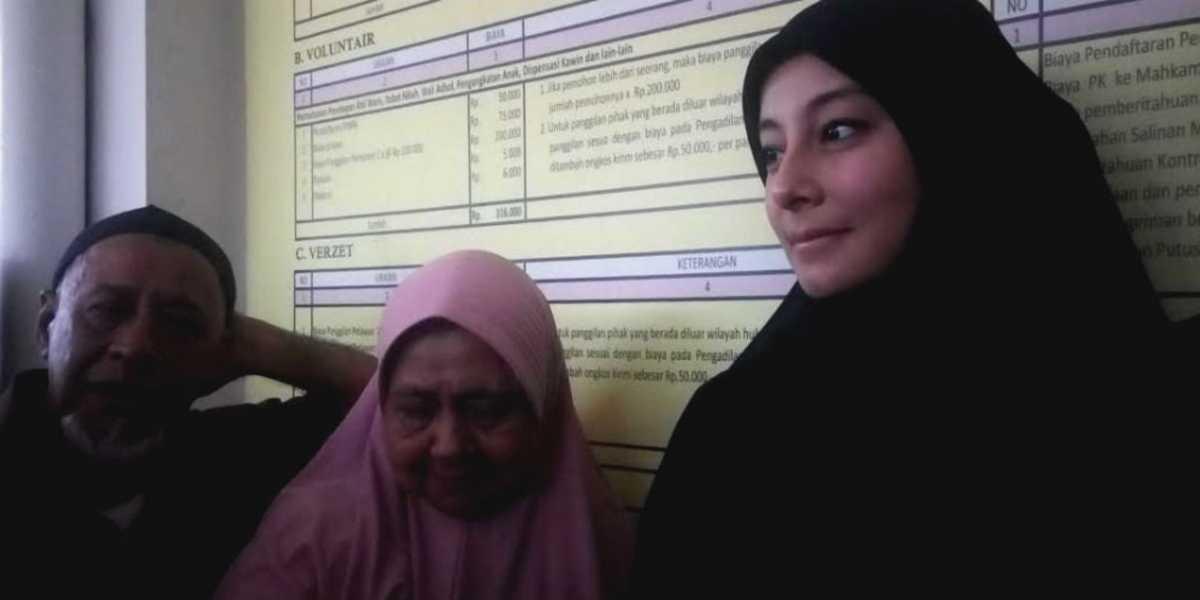 Pengakuan Istri Ustaz Al Habsyi tentang Orang Ketiga