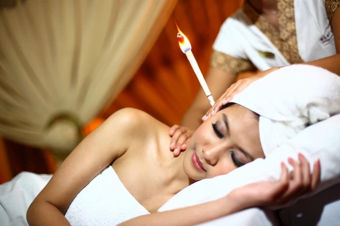 Apakah Terapi Ear Candle Aman untuk Membersihkan Kotoran Telinga?