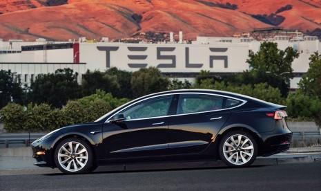 Tesla Hentikan Produksi Model 3 Karena Sejumlah Masalah