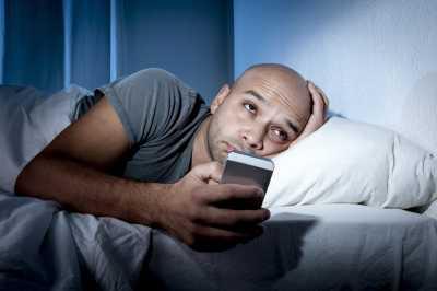 Awas! Kebiasaan Tidur Larut Malam Bisa Merusak Kualitas Sperma