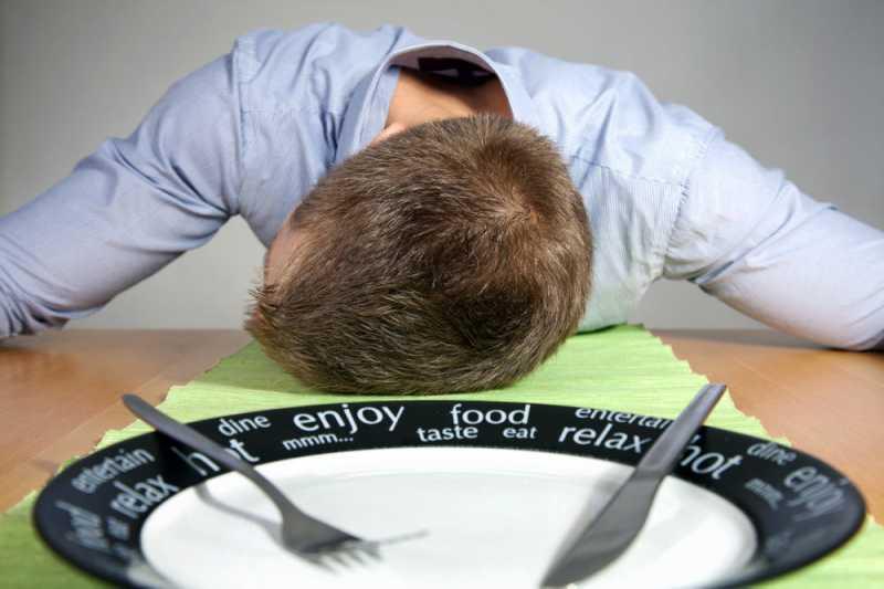 5 Risiko Kesehatan Kalau Kamu Langsung Tidur Setelah Sahur