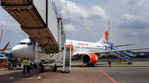 Apakah Harga Tiket Pesawat Bisa Turun Saat Jelang Lebaran?