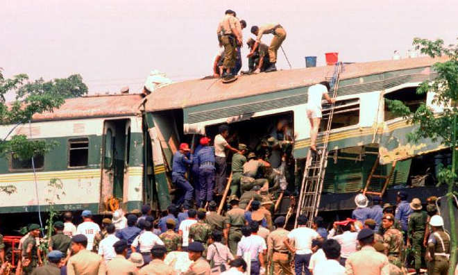 Tragedi Bintaro: Kecelakaan Kereta Api Terburuk, 30 Tahun Lalu